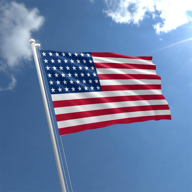 История флага США: почему столько звезд и полос?